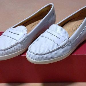 NIB Naturalizer Women's Gwen Boat Shoe, White
